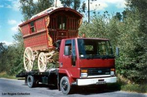 ford-caravan